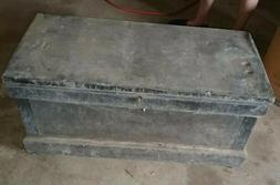 ANTIQUE WOOD METAL LARGE TOOL BOX CHEST WHEELS LOCK & KEY